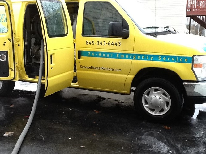 ServiceMaster Restore By Calco Clean Van 500px